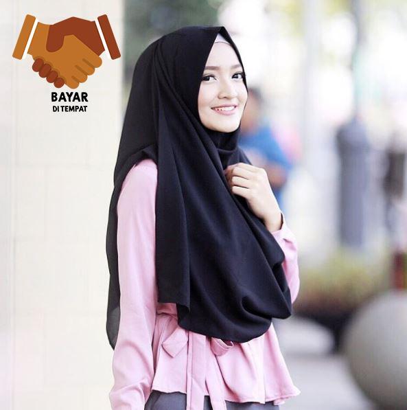 Cotton Bee Hijab Instant Sabrina - Black Pashmina Instan PASTAN kerudung langsung pakai murah terlaris Jilbab