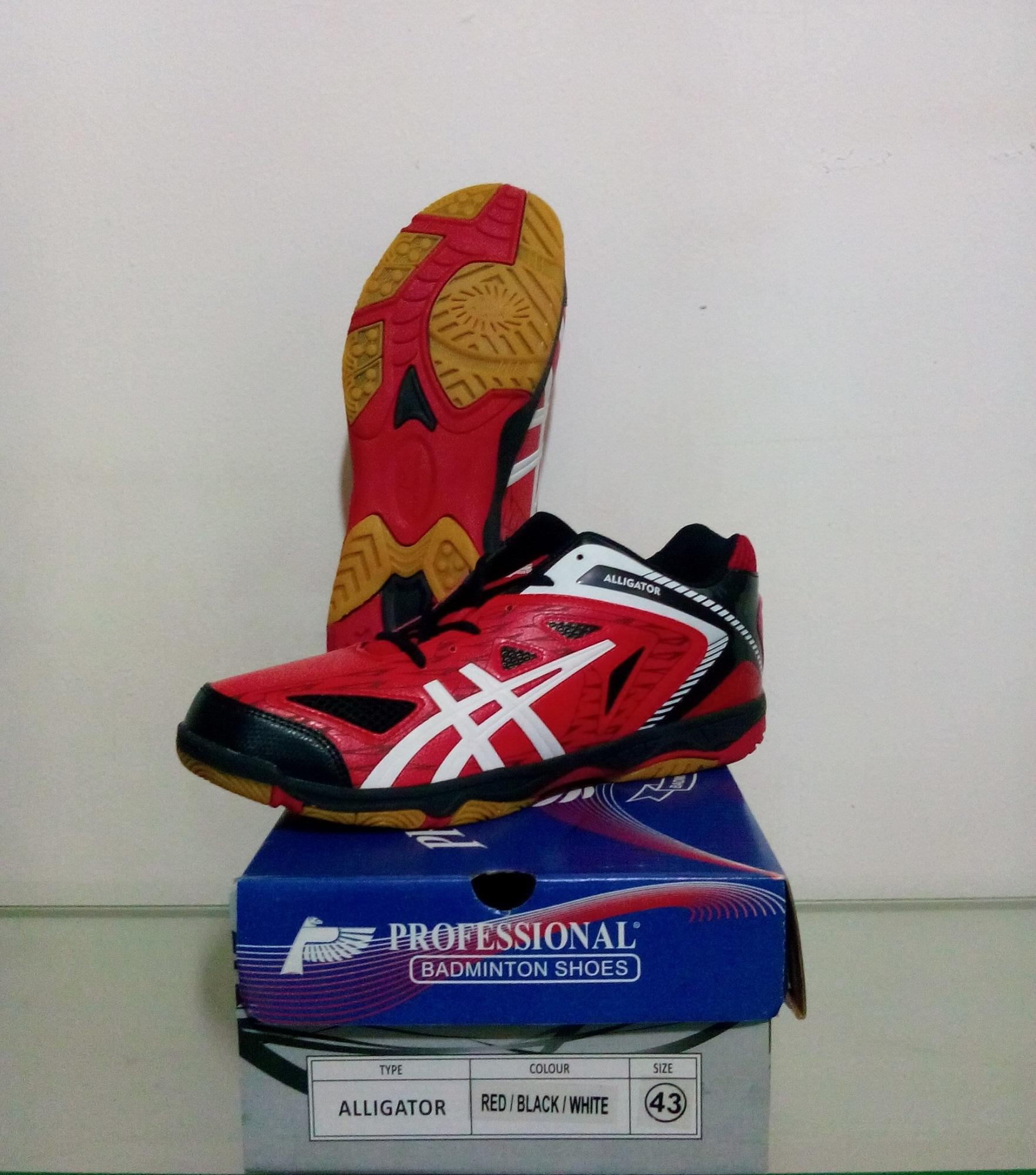 SEPATU BADMINTON PROFESSIONAL ALLIGATOR - RED BLACK WHITE e5e247cadc