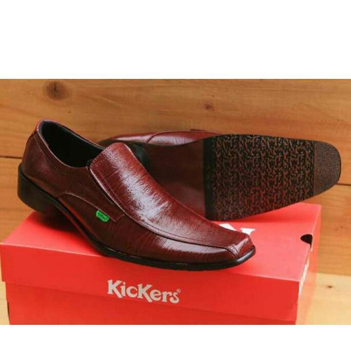 Sepatu pantofel kickers- pria murah