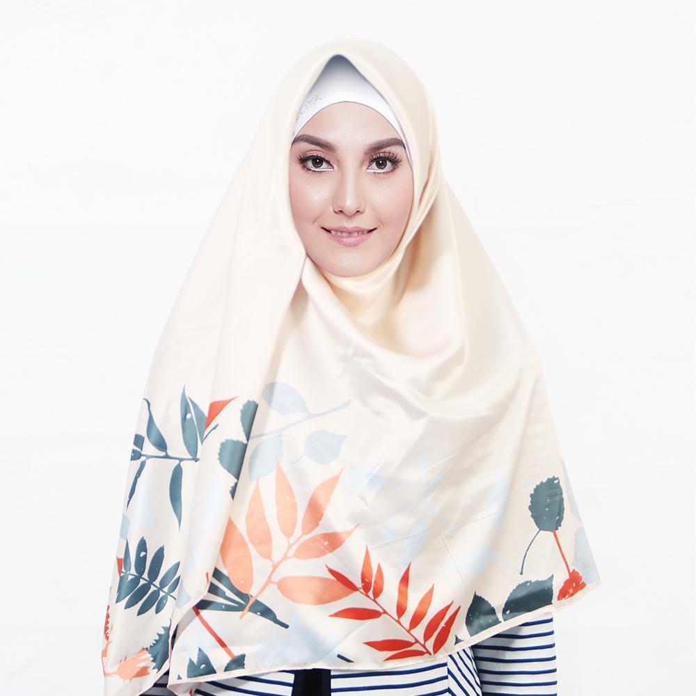 Kerudung Satin Zoya Hijab Segiempat - Casandra Scarf