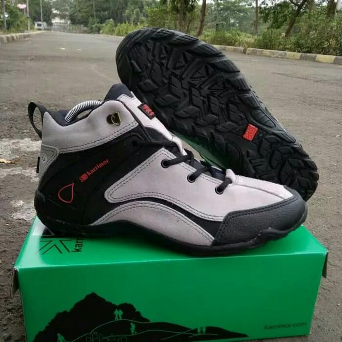 Sepatu Gunung Pria   Wanita - Sepatu Karrimor Low Tracking - Sepatu Hiking  - Sepatu Olahraga 42782b3154