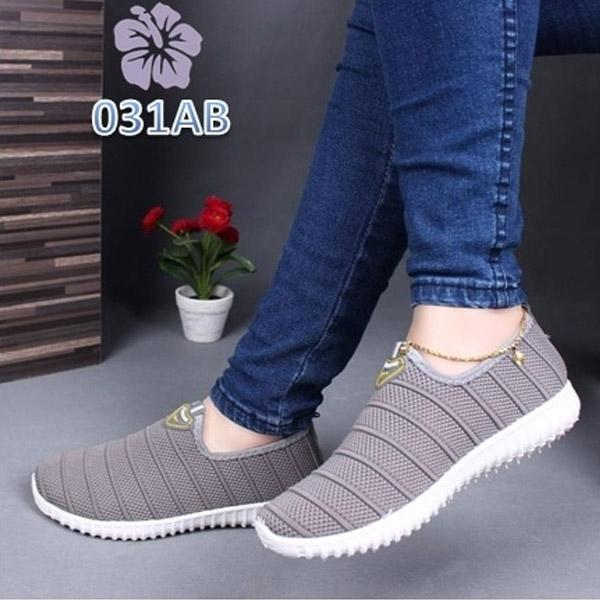 Sepatu rajut Slip On Multi Line Sport sepatu slip on sepatu kets sepatu wanita slip on
