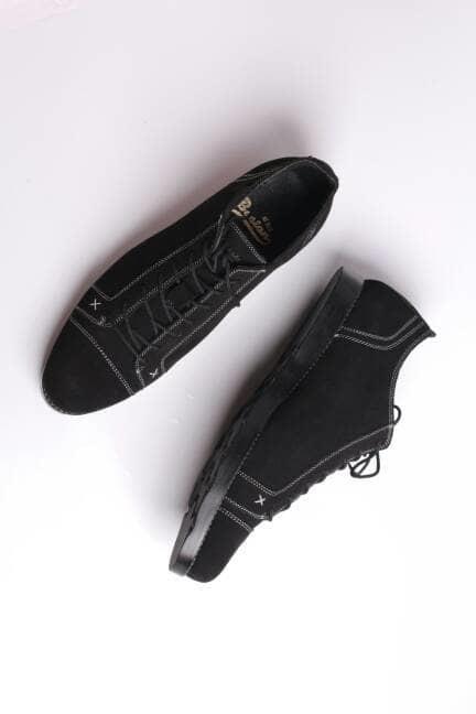 Sepatu casualSepatu santai Boston smit kulit suede (kickers,converse)