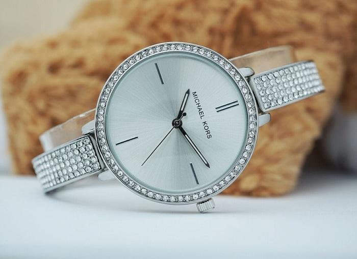 Jam Tangan Wanita / Cewek Michael Kors MK Berly Rantai Silver