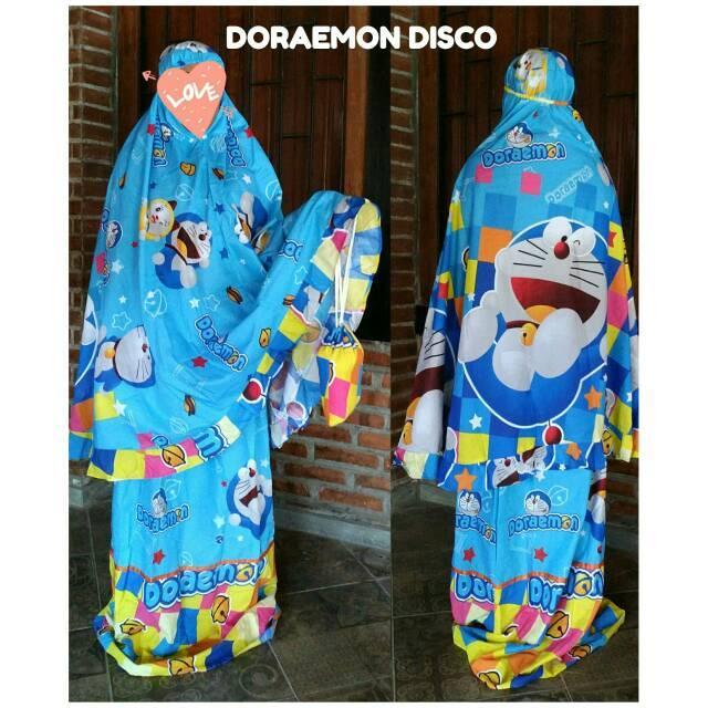 Mukena dewasa motif karakter doraemon disco ()