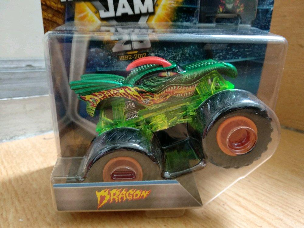 Dragon Edge Glow include Team Flag Hotwheels Monster Jam # Favorit Toys favorit_toys