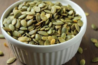 Beli sekarang Natural Peeled Pumpkin Seeds - 1 Kg terbaik murah - Hanya Rp136.650