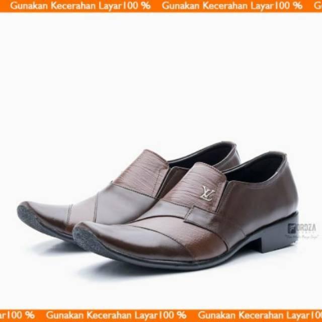 Sepatu Pantofel Pria 100% Kulit Sapi Premium untuk Kantor Kerja Pesta 902HT
