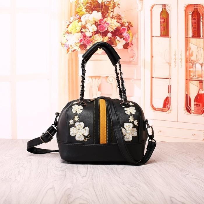 Tas Import Black Wanita Fashion Modis Handbag Murah / tas wanita trend    / tas wanita trend masa kini    / tas wanita trendy murah    / tas wanita trend saat ini    / trend tas wanita 2018 dan harganya    / tas wanita yg trend
