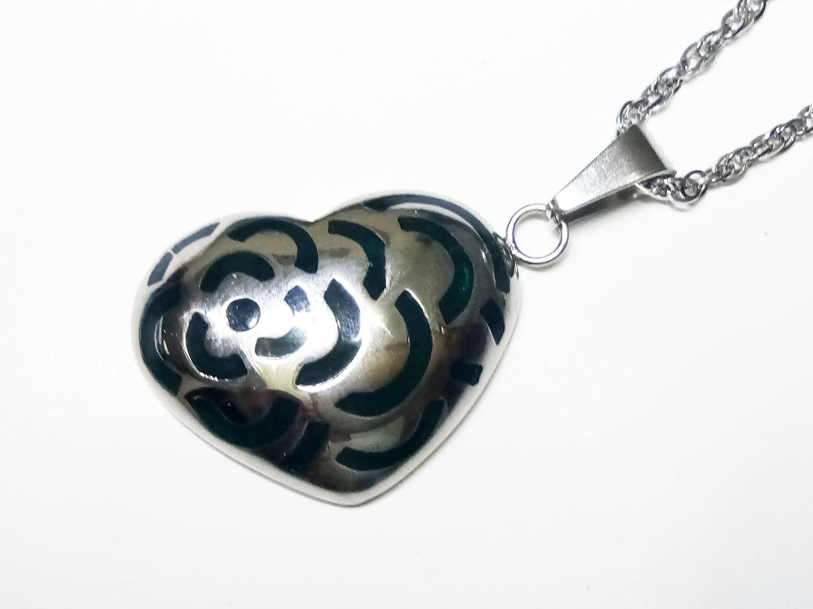 VeE Liontin Titanium Batu Bacan Cina Biru Love Bunga - Terapi Kesehatan