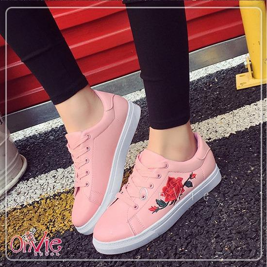 Onvie Sepatu Wanita Kets Casual - Sneakers Putih Bordir Bunga Mawar a918ac4eec