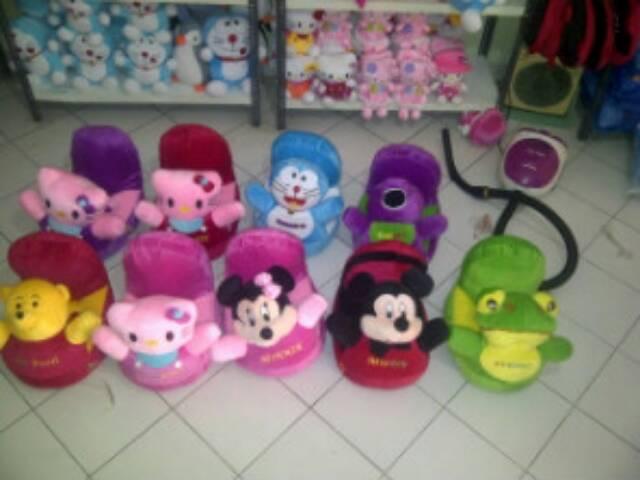 Sofa Odong Boneka Variasi Hello Kitty Pink