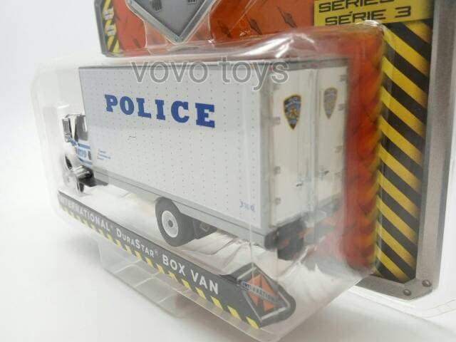 TERLARIS Greenlight 1:64 NYPD 2013 International Durastar Box Van Police Dept