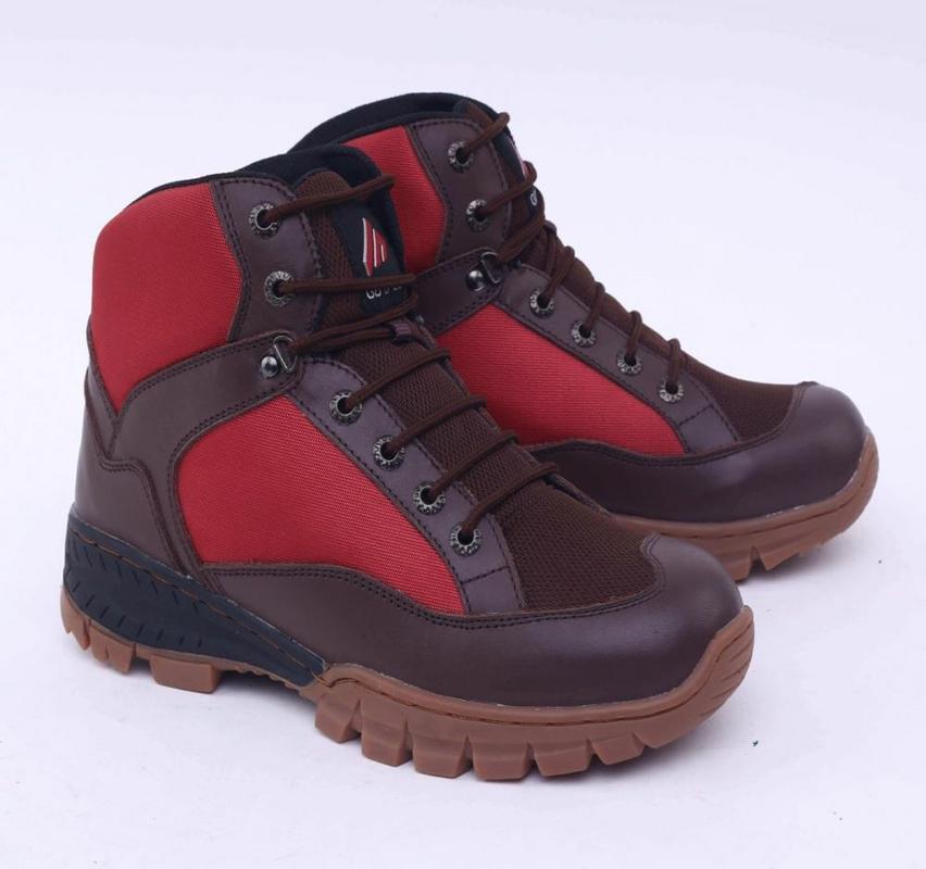Garsel Shoes Sepatu Boots Pria Coklat Komb - GAJ 2022