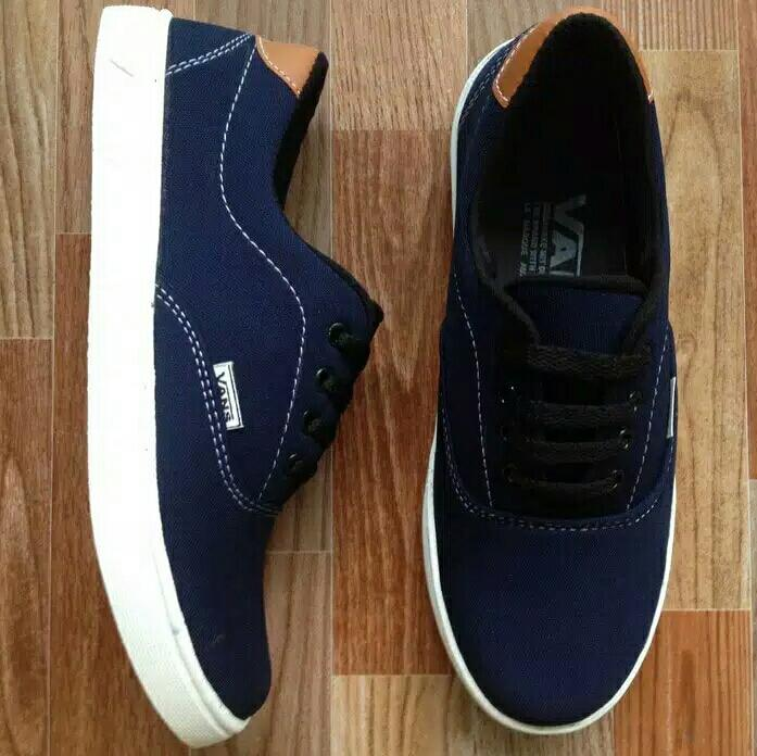 Sepatu Casual Vans Limited Warna Navy V1