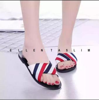 Price Checker Terbaru di Lazada - Ellen Taslim - Flat Sandal Korea Fashion    Sandal Santai 2065b8b428