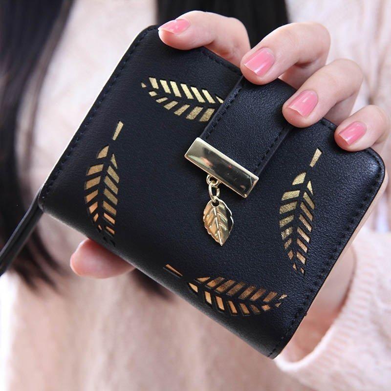 Prettyzys Dompet Retro Baru Kantong Uang Kecil Korea Fashion Style Perempuan. Source · Louis - Korea Dompet Kecil Wanita Leaf Gold Pattern Short
