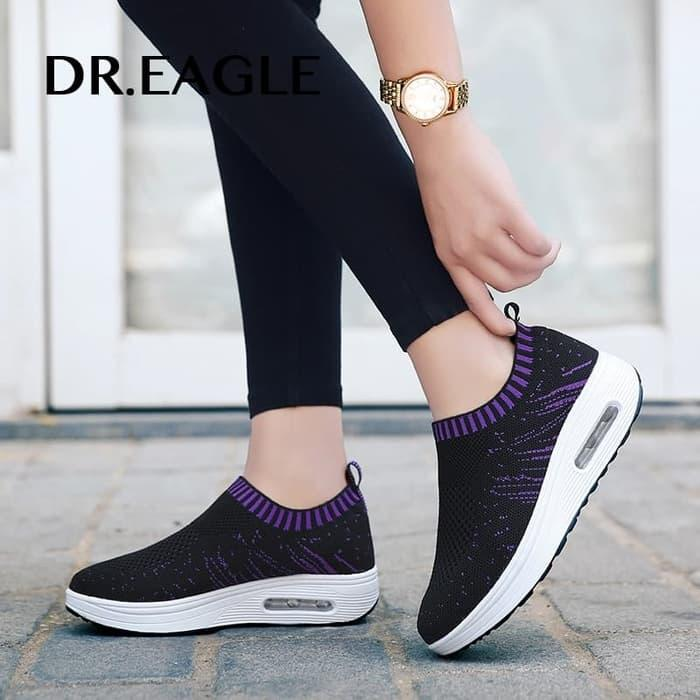 SLIP ON CASUAL EAGLE HITAM VIOLET