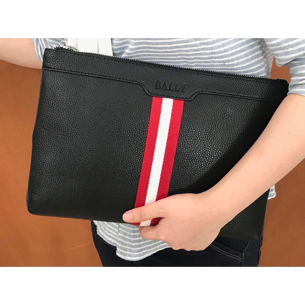 Jual Beli Catwalk Pu Leather Cover Universal Carrying Handbag For Perekat Bening 1 Inch P 72 Meter Clutch Baly 5511 Muat Ipad Fashion Wanita Tas Import Grosir Dompet Clutches Trendy