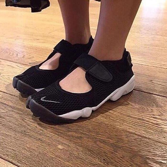PROMO!!! Nike Air Rift Black White Premium Original / sepatu nike / sepatu gym - asS5D3