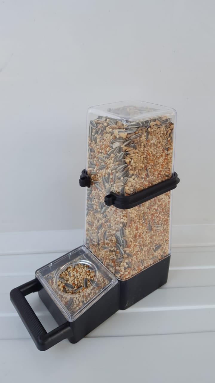 Botol Dispenser Jumbo Tempat Pakan Atau Minum Burung Wadah Lebar By Sweet Steel.