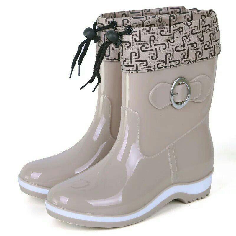Perempuan sepatu boots hujan Sedang sepatu anti air dewasa Anti Selip Tahan Air  sepatu bot hujan 969ac4f018