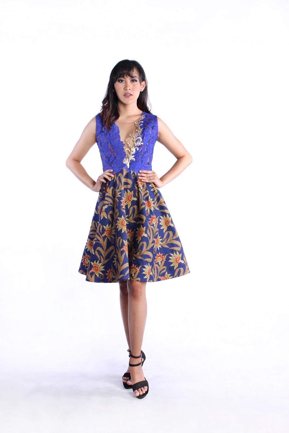 Dress Batik Modern Bahan Katun Kombinasi Brokat Dress Batik Modern FUJIYAMA  BUNGA DRS RR1812 FJY BR f72cfe4eb7