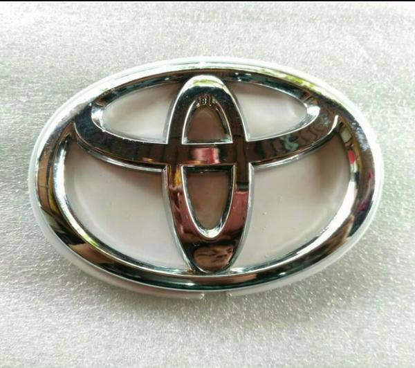 TERLARIS logo untuk mobil Ban Serep Toyota Rush Original Warna Putih