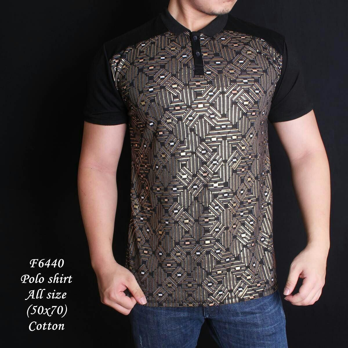 Kaos Polo Motif Batik Gold Lengan Hitam