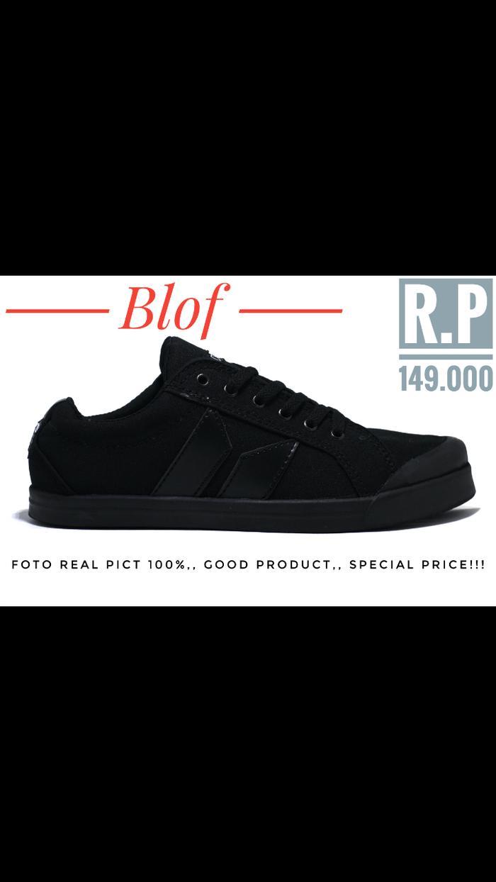 Sepatu Macbeth Full Black Good Quality - Gr90Z9