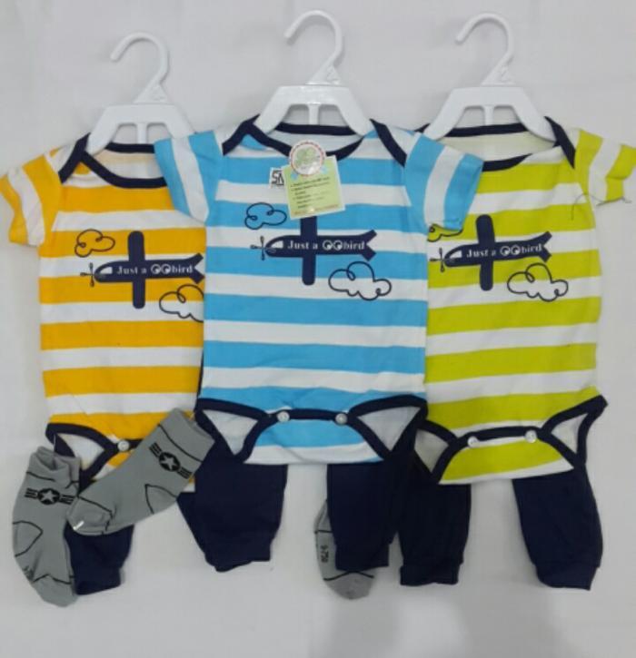 Diskon Terlaris Aneka Baju Jumper Bayi Laki-Laki Perempuan Hanger Set Celana Kaos Kaki