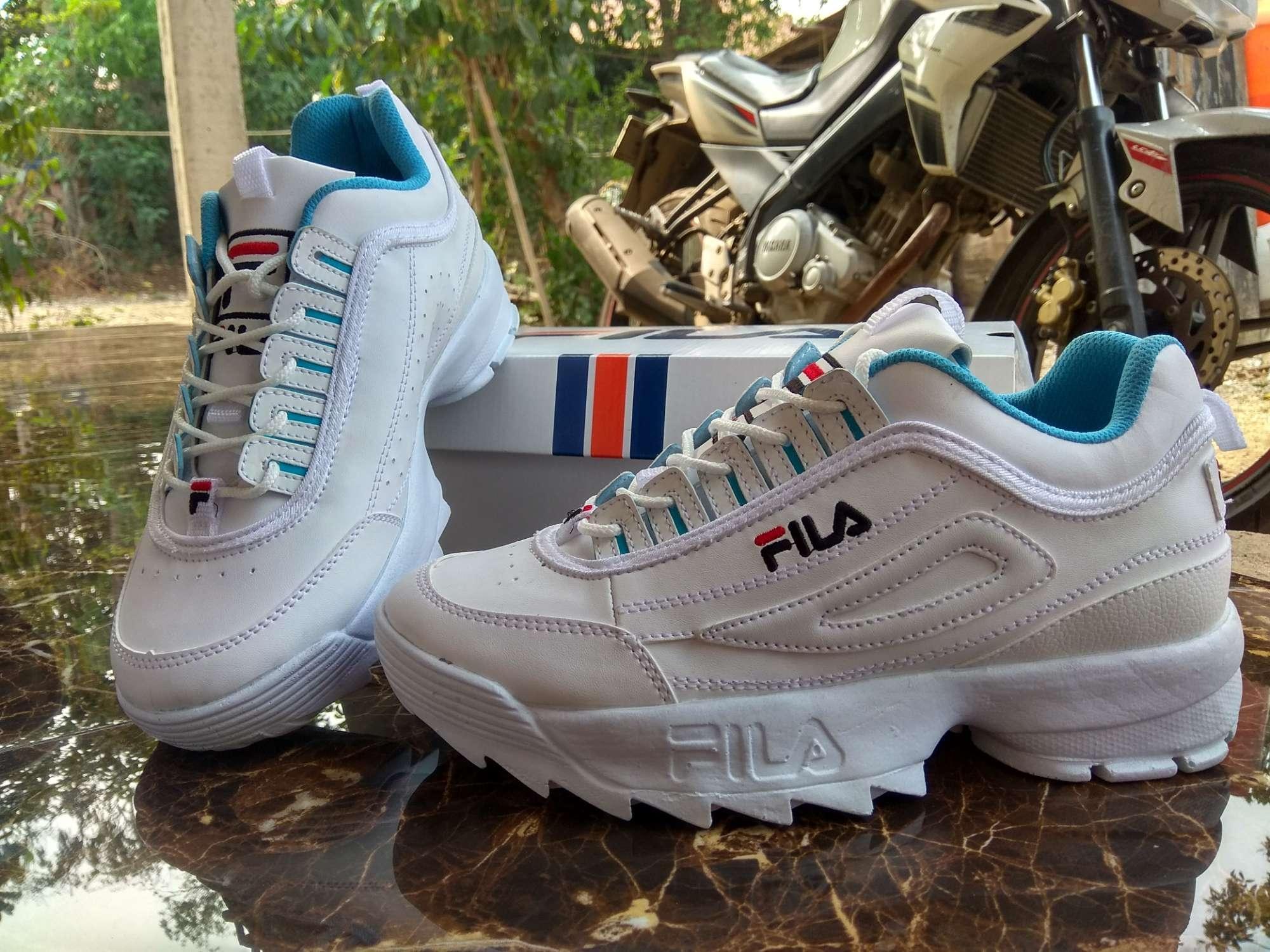 Jual Sepatu Sneakers (Wanita) Terbaru  e565c6c7d6