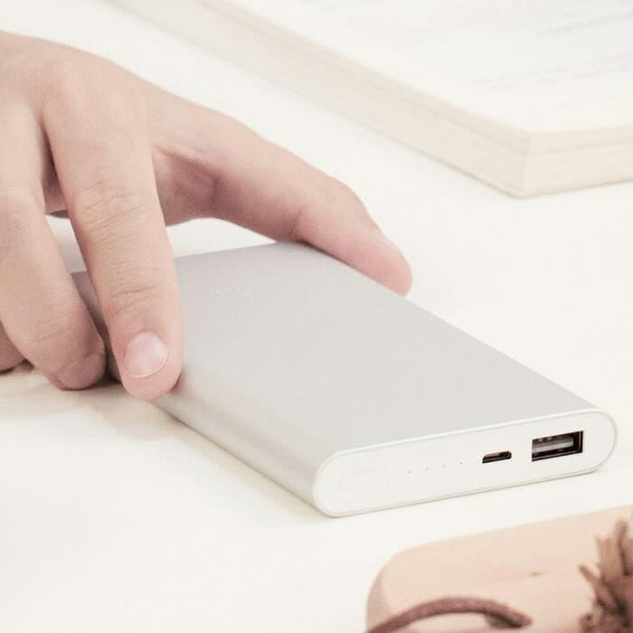 Xiaomi Powerbank 2 10000 mah Fast Charging Original - Power Bank Terbaru - Aksesoris Handphone - Aksesoris Handphone Terlaris dan Murah - Power Bank Termurah - Power Bank Kualitas Terbaik - Alat Cas Handphone