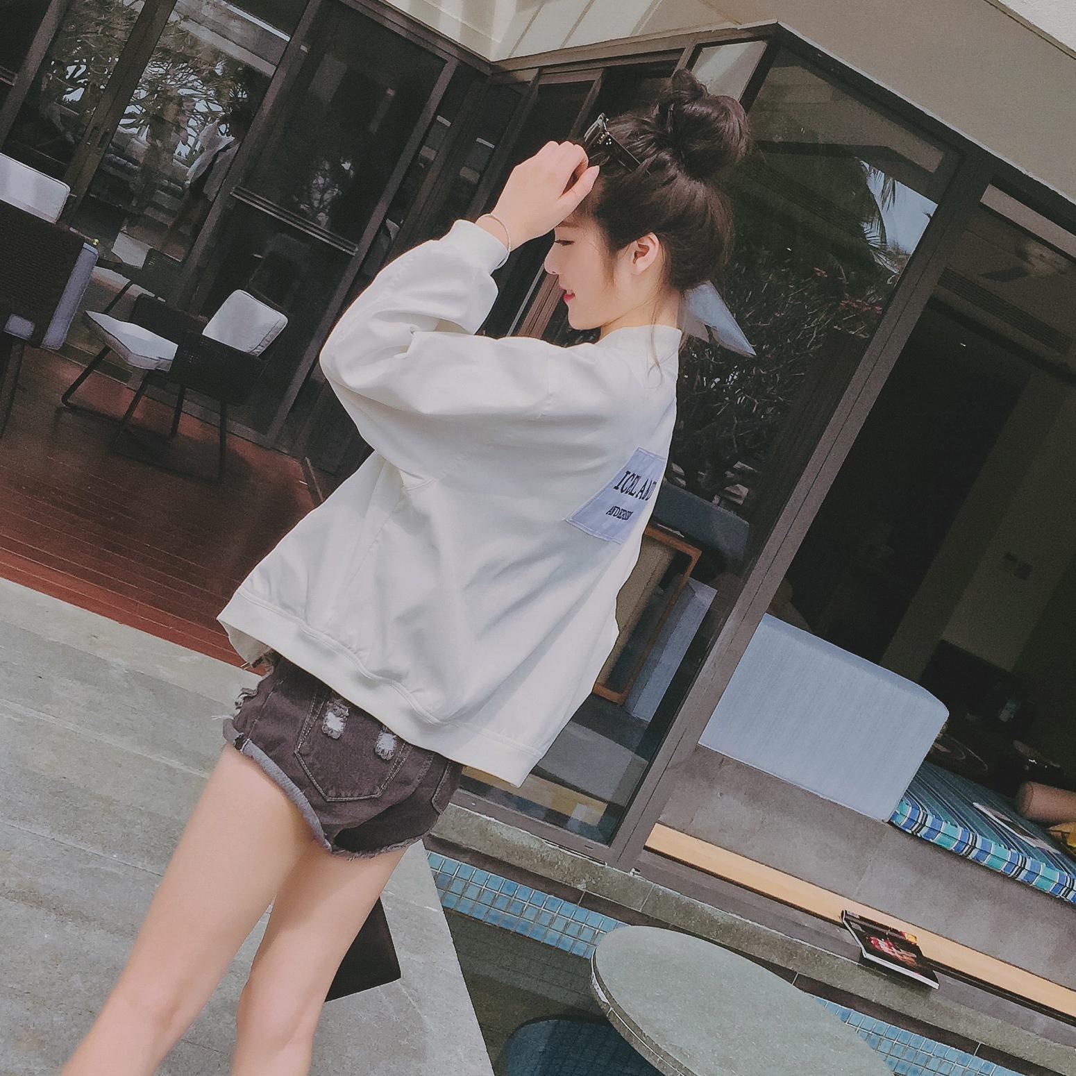 2017 musim semi model baru pakaian wanita Gaya Korea model pendek Jaket  bisbol huruf casual longgar 5faf21b4fd