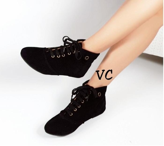 Sepatu Flat Wanita Boot Boots Korea Hitam / sepatu / sepatu murah / sepatu boots / sandal flat / sepatu sneakers / sandal keren / wedges murah / sepatu wanita / sandal wanita / sepatu sandal / sepatu berkualitas