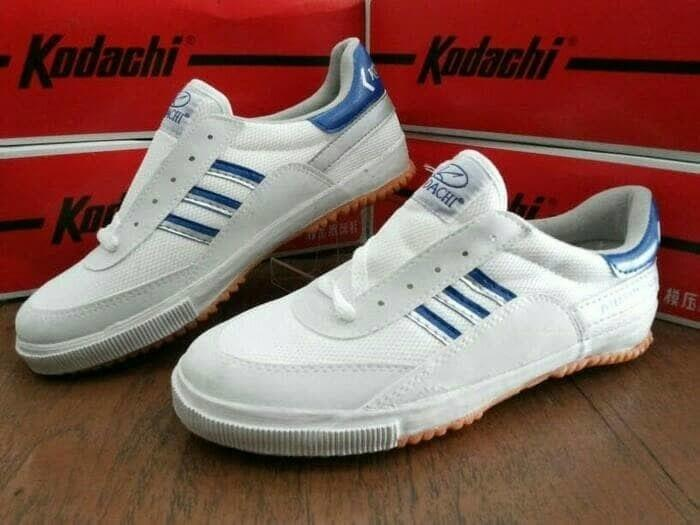 Kodachi 8116 Warna Biru Silver Sepatu Olahraga By Sepatu Kerens.