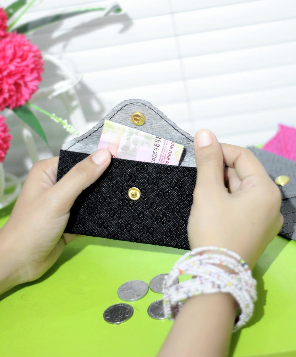 Dompet Koin Pouch Wanita Coin Holder Tempat Di Mobil