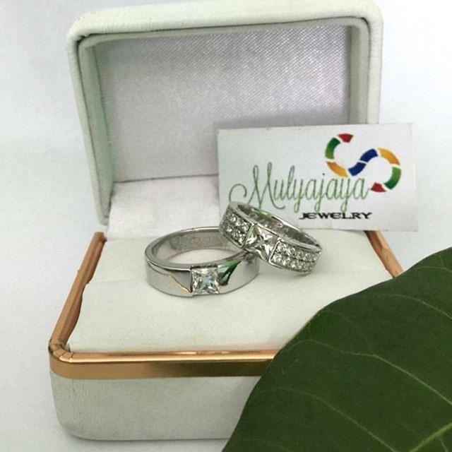 Cincin Kawin Tunangan Nikah Couple Perak - Emas - Palladium Dan Platinum Custom