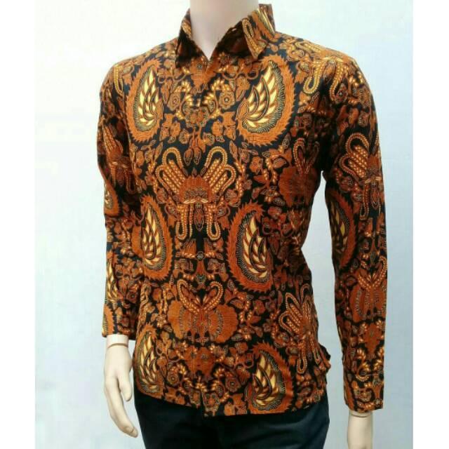 Baju Batik Pria Fashion Kemeja Lengan Panjang Motif Batik Sogan Garuda / Batik Modern / Batik Fashion / Toko Batik / Batik / Batik Kerja / Seragam Batik / Kemeja Batik Pria / Batik Sogan / Batik Pria / Baju Batik Pria / Gambar Batik Garuda