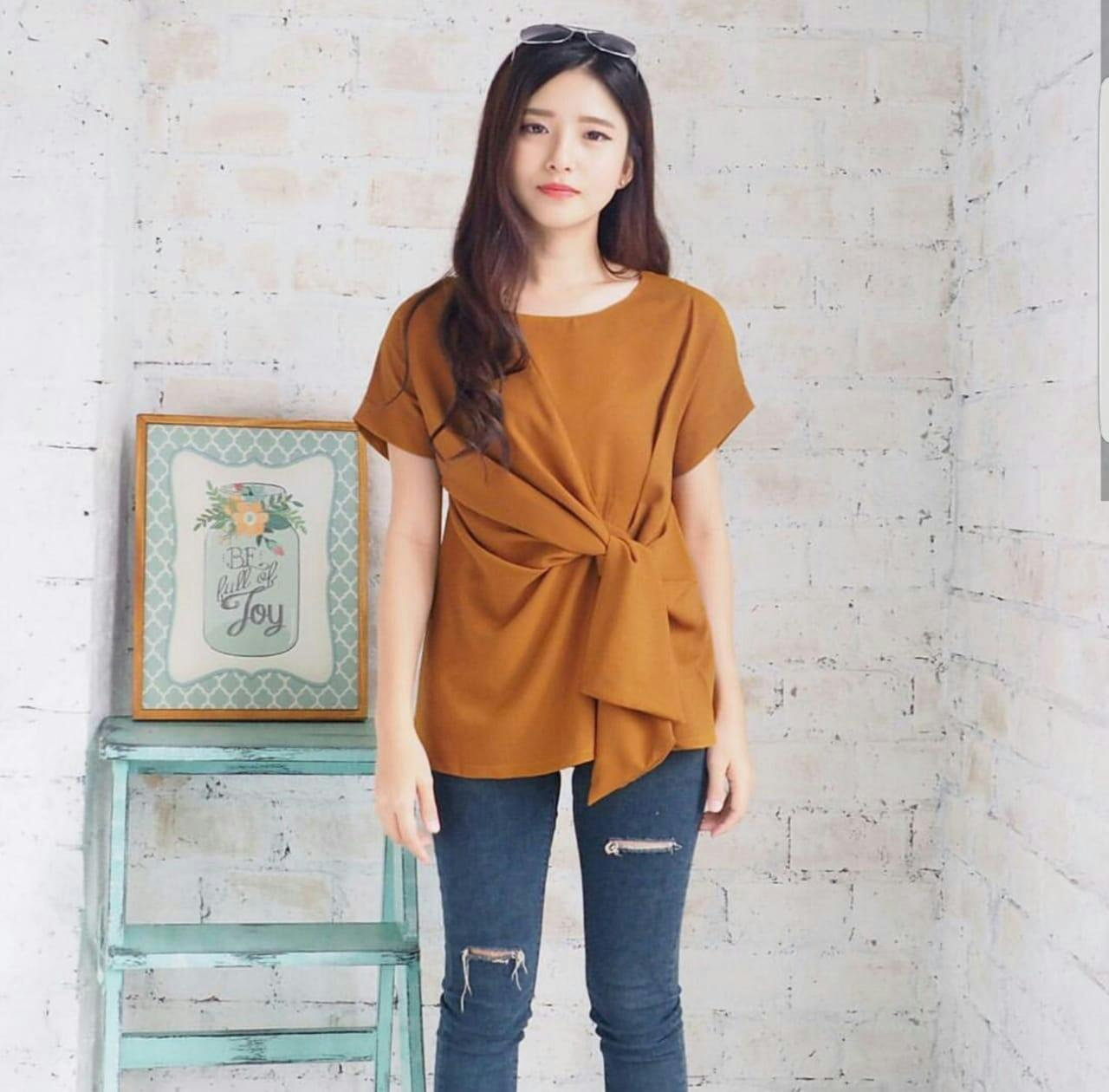 inbox fashion blouse elivia hello / baju import / Baju Wanita / Blouse Korea / Atasan