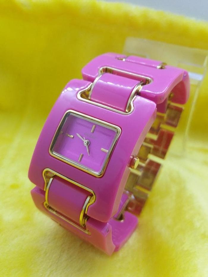 Jam Tangan Wanita Guess Mika Pink Model Original