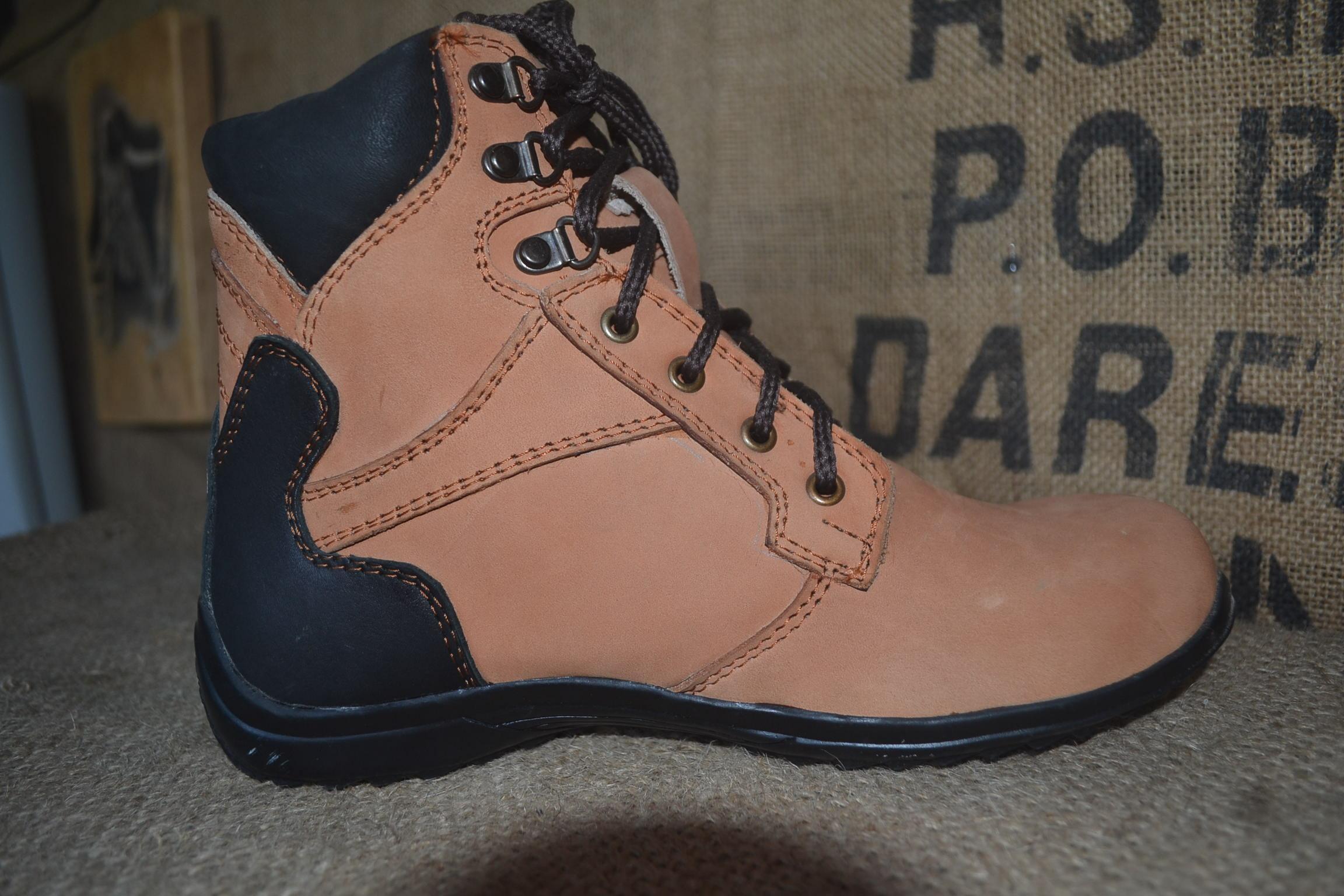 Dozzer Safety Shoes DR217CW - Coklat