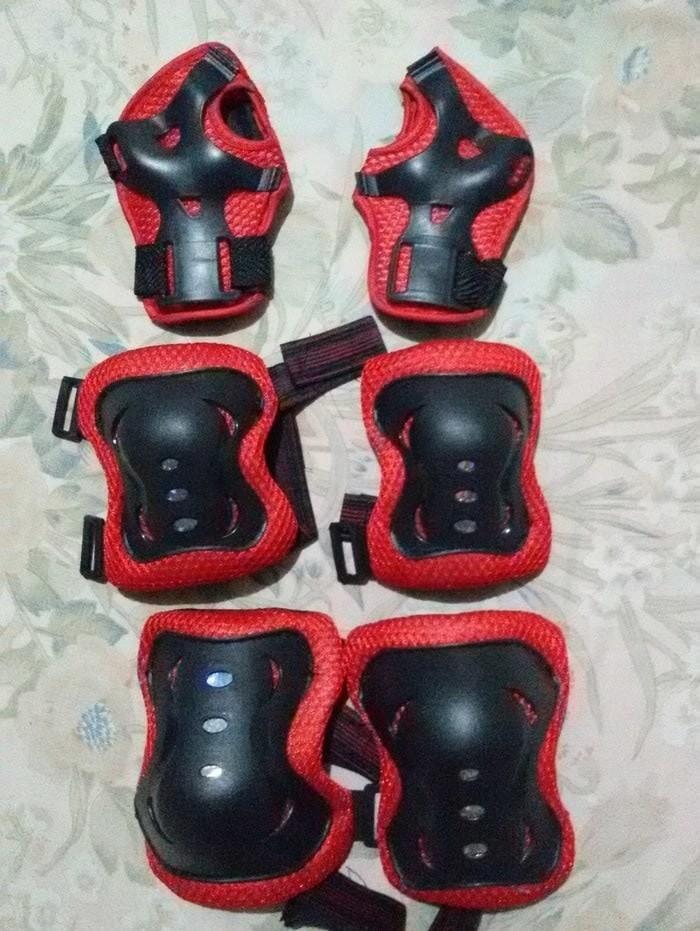 Deker inline skate/pelindung lutut dan tangan untuk sepatu roda
