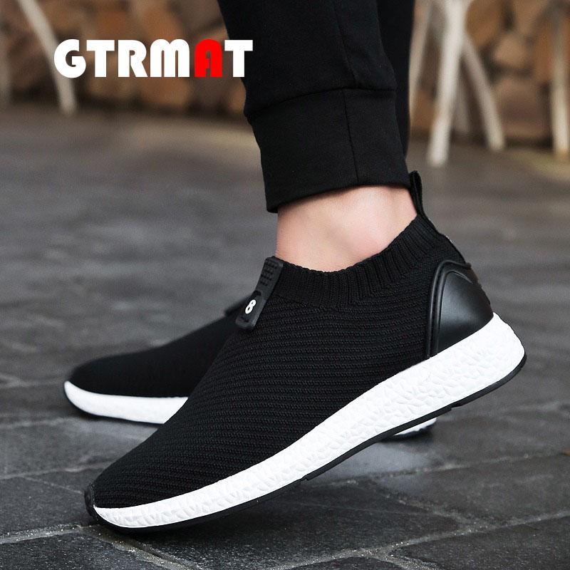 GTRMAT 2018 Mode Baru KAUS Menjalankan Sepatu for Pria Mesh Bernapas Olahraga Sepatu Sneakers Pria English. Cahaya Sepatu Olahraga Sepatu Fashion Pria Sepatu Lari Bernapas