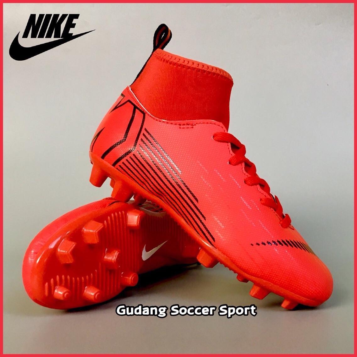 Sepatu Bola Anak Nike/Adidas/Sepatu Futsal