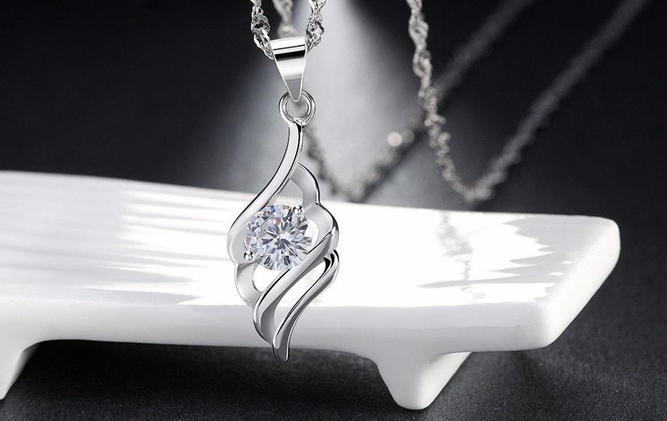 NEW PROMO Perhiasan Aksesoris Kalung Silver Lapis Emas Putih Pendant Angel Wing Batu Berlian BN064P Murah