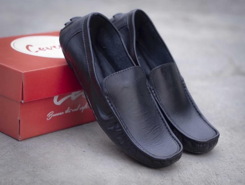 SEPATU - LIZZ Original bahan Kulit Asli Slop Sepatu Pria Slip On Loafers Casual Santai & Formal