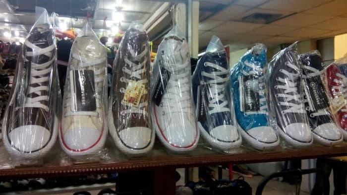 Sepatu Casual Converse All star tinggi tanpa box - 2teXui