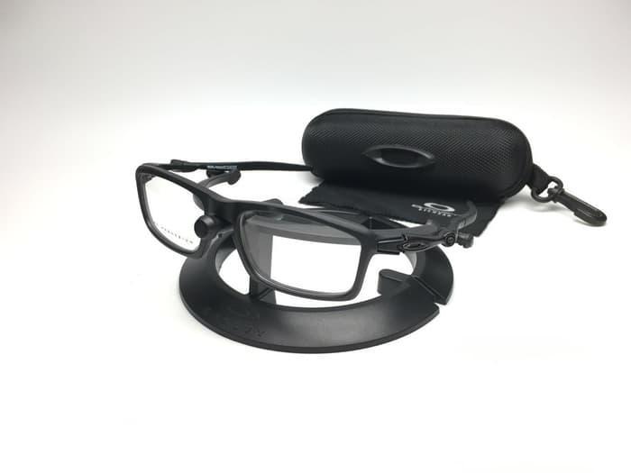 DISKON!!  Kacamata frame OAKLEY BADMAN ( black )