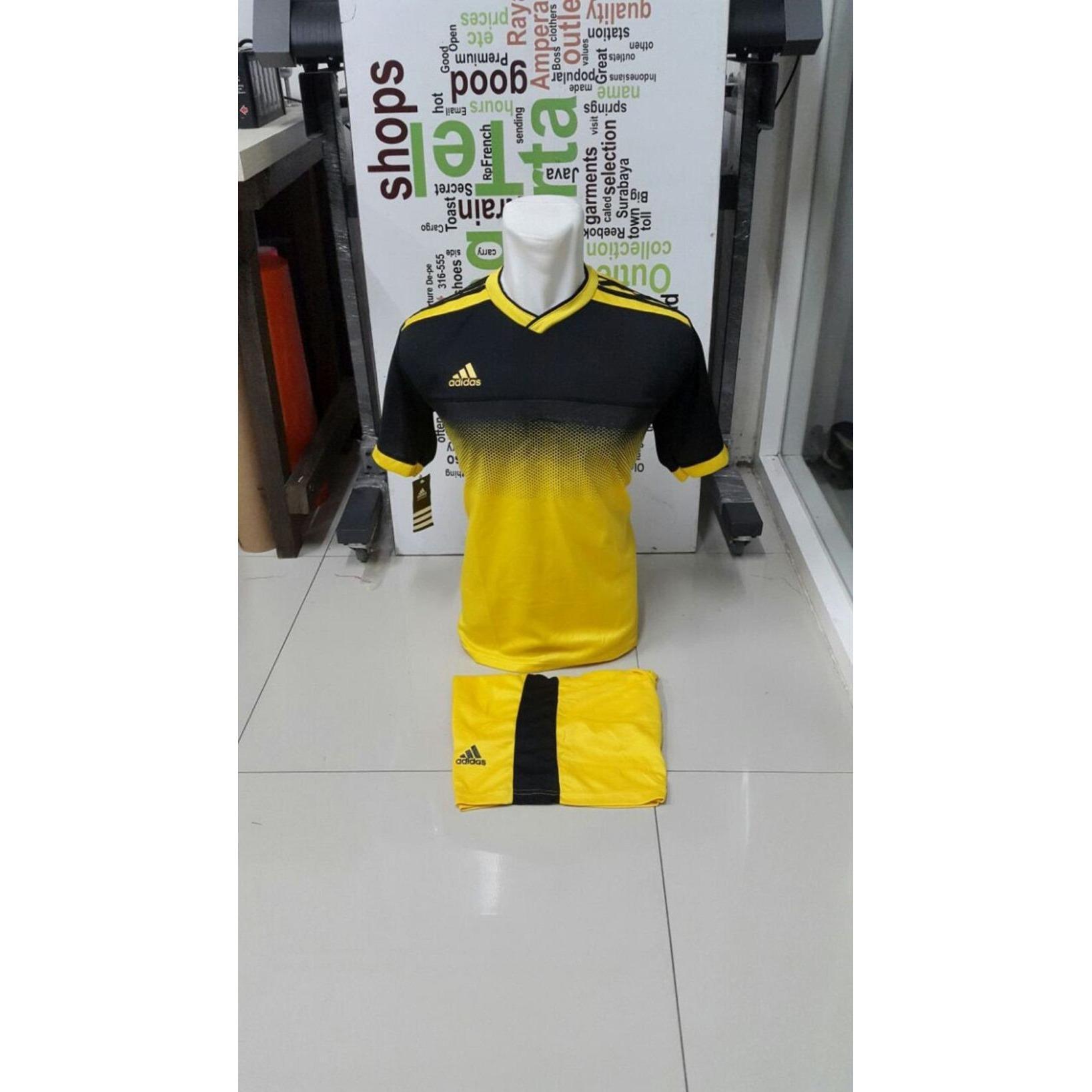 Kostum Kaos Sepakbola Futsal Volly Takraw Bahan Dryfit M L XL Hijau/Merah/Biru/Kuning Hitam Plus Celana Pendek 24.48